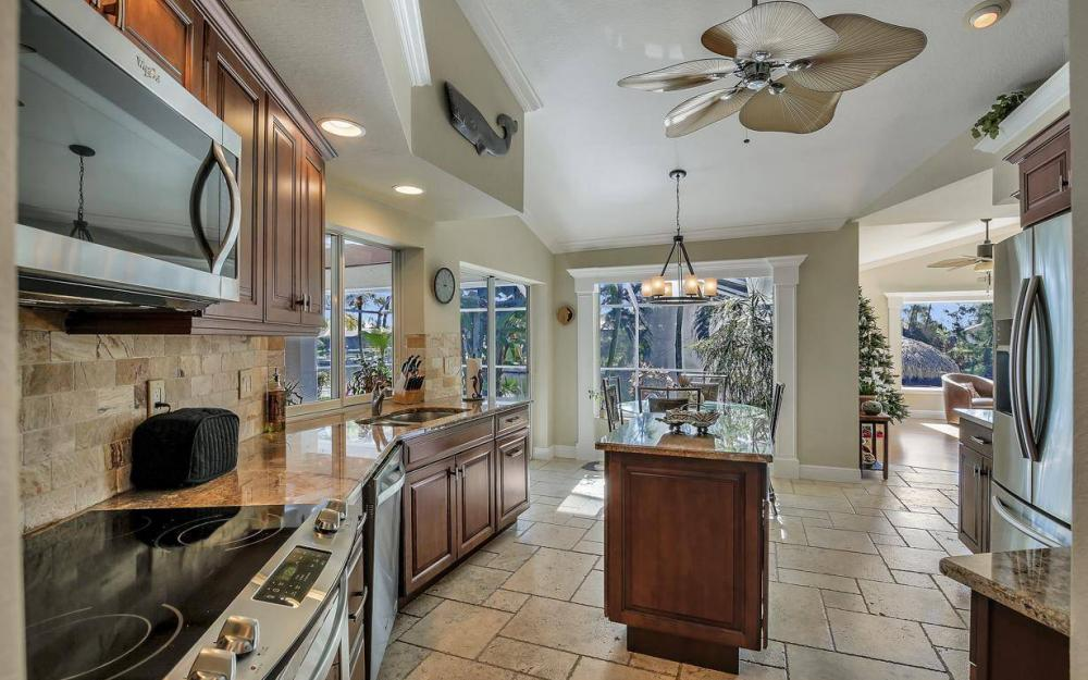 1824 SW 45th St, Cape Coral - Home For Sale 147204149