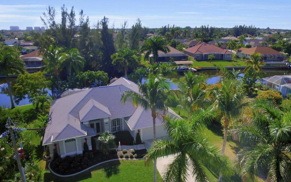 1824 SW 45th St, Cape Coral - Home For Sale 1388271537