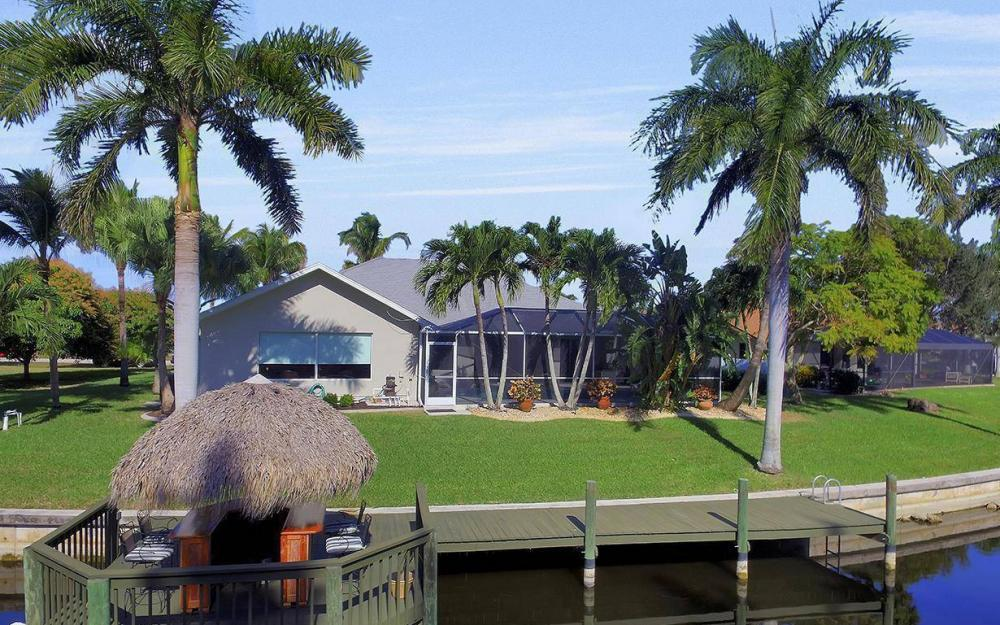 1824 SW 45th St, Cape Coral - Home For Sale 787303598