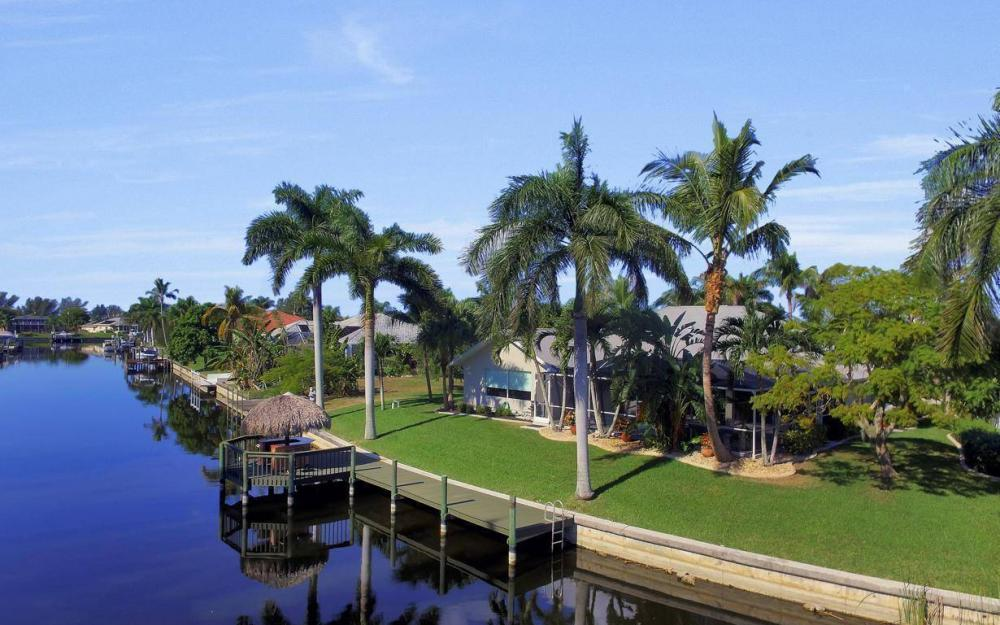 1824 SW 45th St, Cape Coral - Home For Sale 1384468121