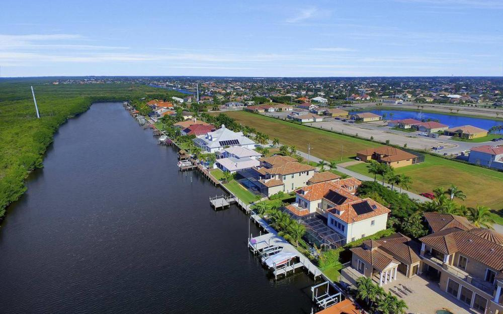 4836 SW 29th Ave, Cape Coral - Home For Sale 603186934