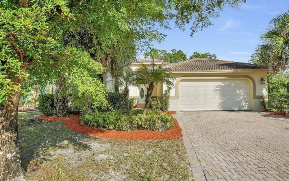 13518 Fano Ct, Estero - Home For Sale 1722744812