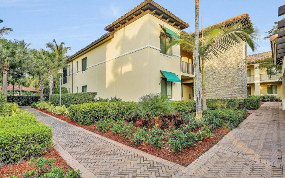 1015 Sandpiper St #D-102, Naples - Condo For Sale 1157921285
