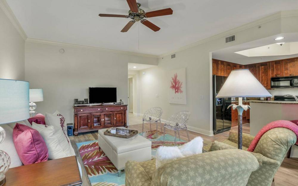 1015 Sandpiper St #D-102, Naples - Condo For Sale 490439182