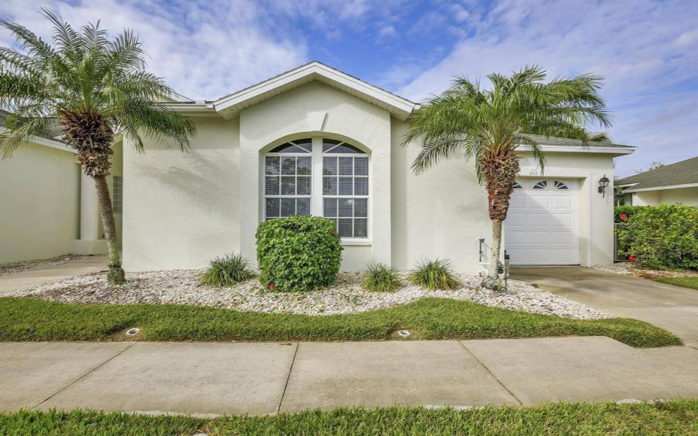 608 Mirror Lakes Falls Ct, Lehigh Acres - Home For Sale 820785843