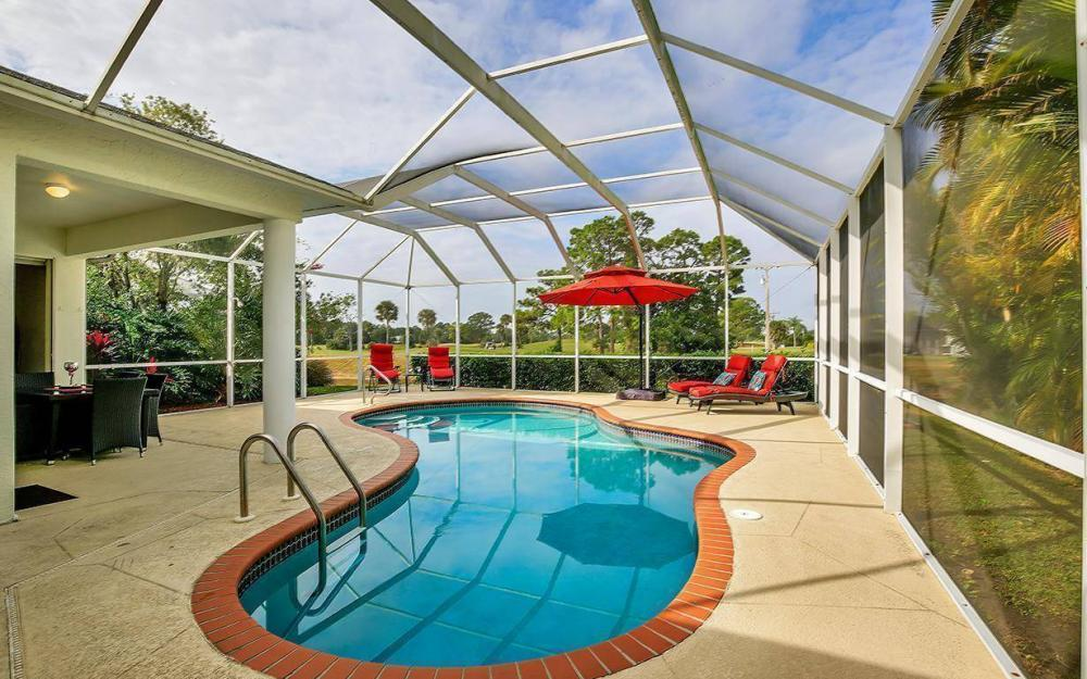 608 Mirror Lakes Falls Ct, Lehigh Acres - Home For Sale 2132606566