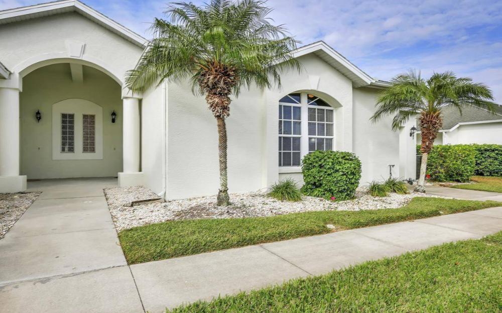 608 Mirror Lakes Falls Ct, Lehigh Acres - Home For Sale 492608864