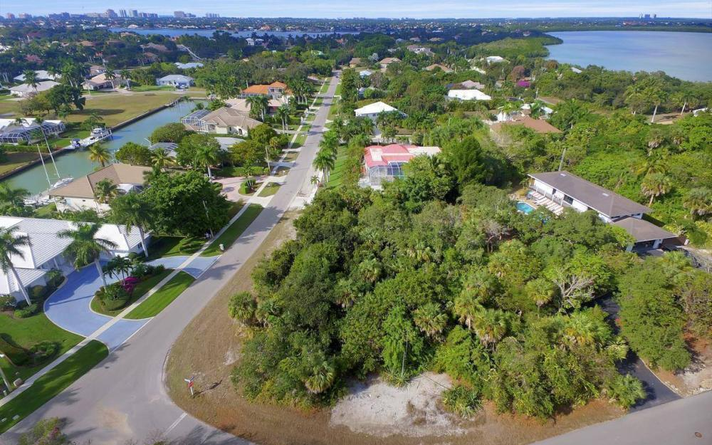 889 Scott Dr, Marco Island - Lot For Sale 105305822