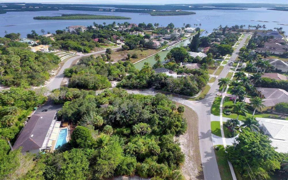 889 Scott Dr, Marco Island - Lot For Sale 550036913