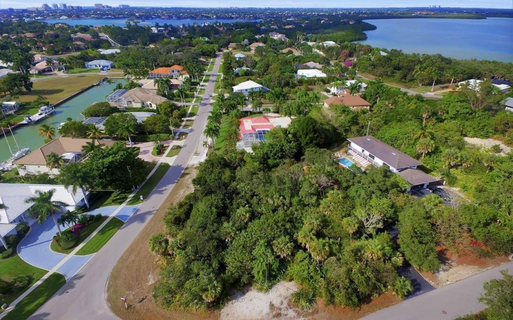889 Scott Dr, Marco Island - Lot For Sale 2118843835