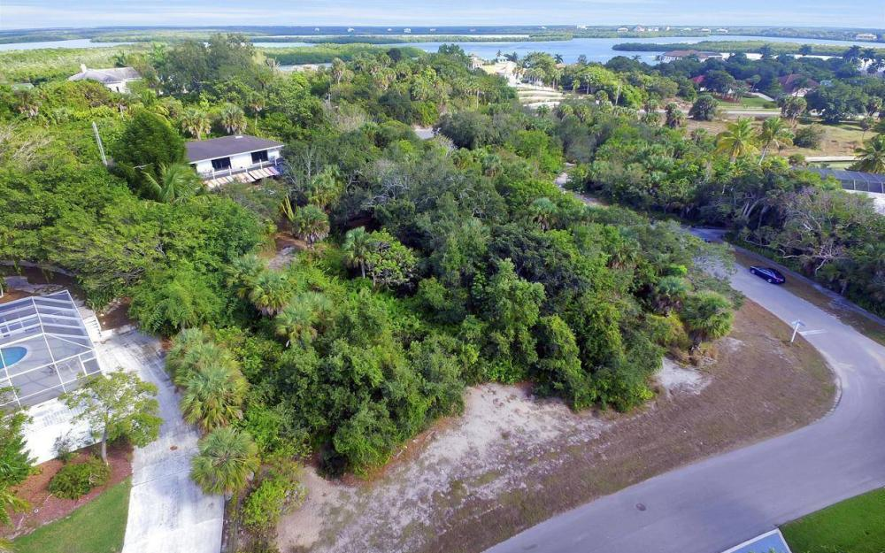 889 Scott Dr, Marco Island - Lot For Sale 1205450345