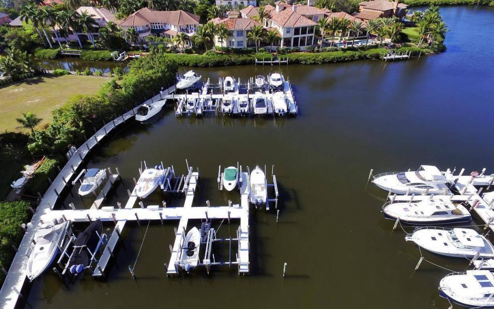 13911 Blenheim Trail Rd, Fort Myers - Home For Sale 1052590121