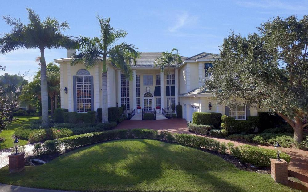 13911 Blenheim Trail Rd, Fort Myers - Home For Sale 1071163983