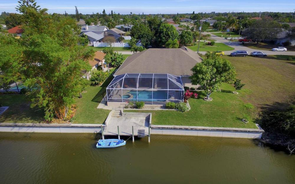 3908 SW 5th Ave, Cape Coral - Home For Sale 193957742