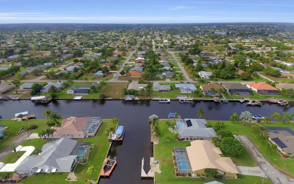 1026 SE 30th St, Cape Coral -Home For Sale 801679870