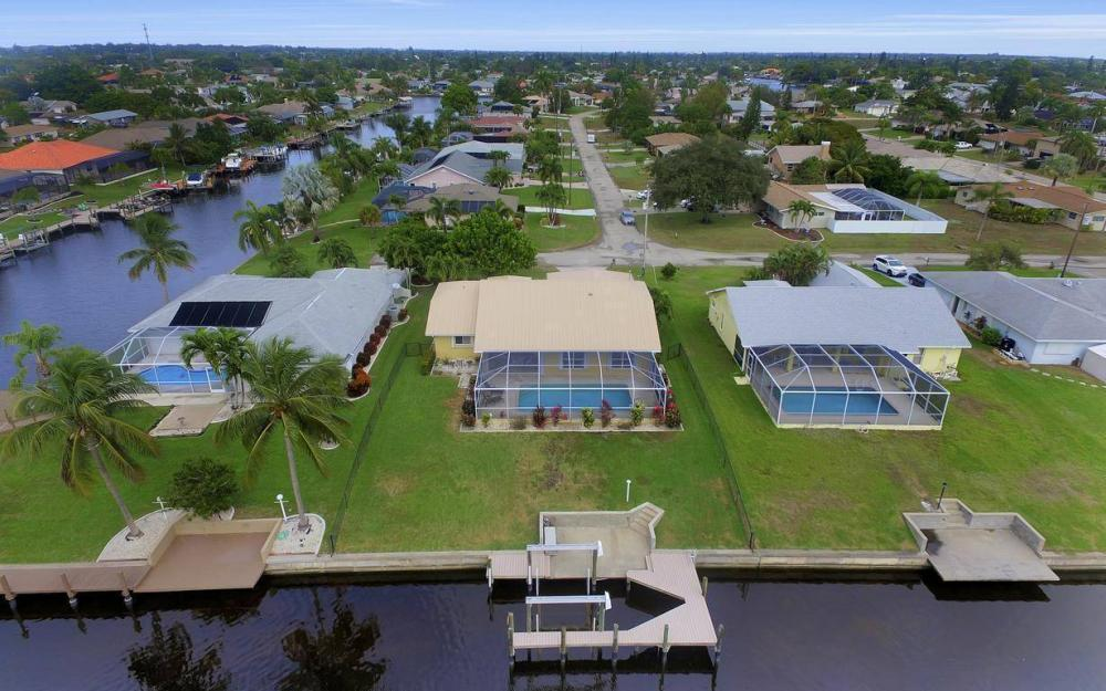 1026 SE 30th St, Cape Coral -Home For Sale 2039704527