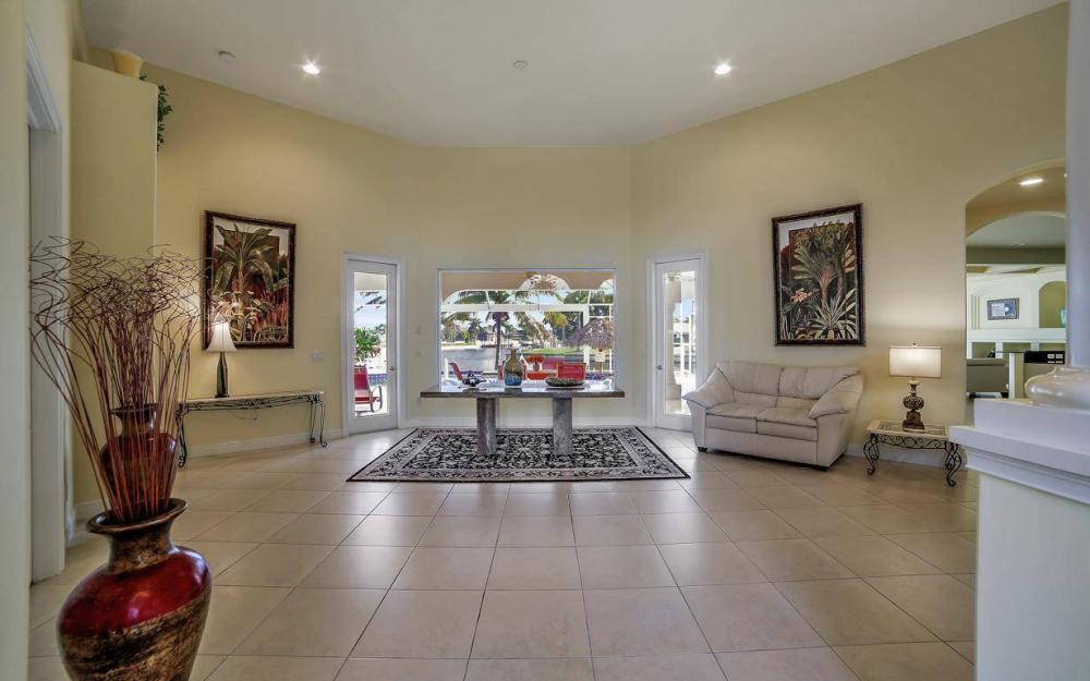2538 SW 40th Terrace, Cape Coral - Home For Sale 297388005