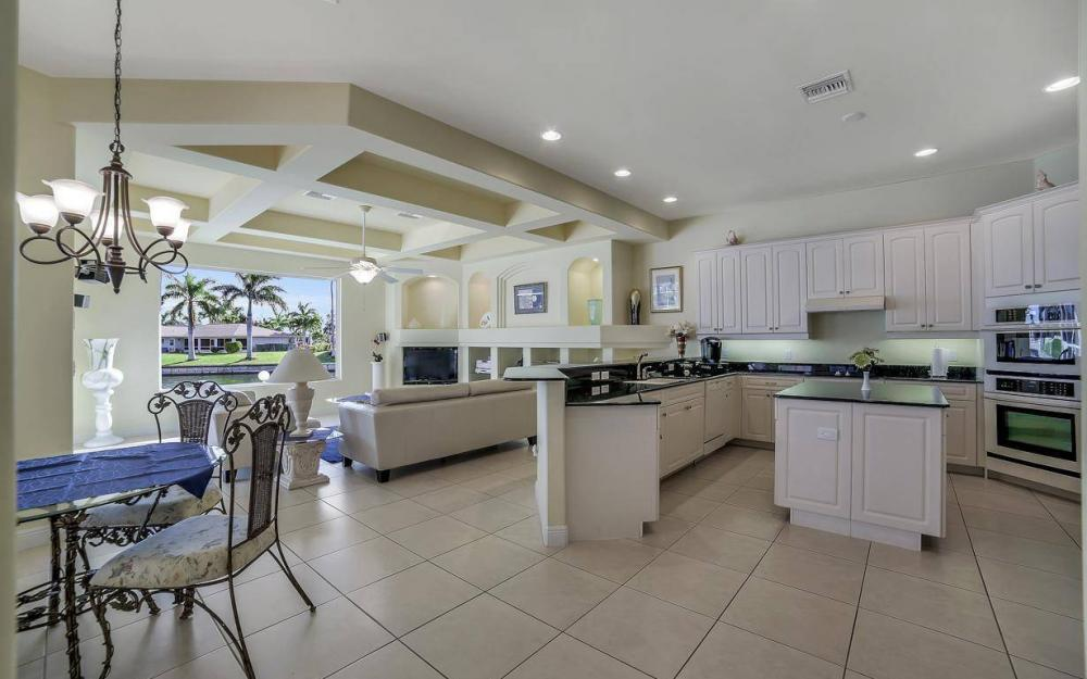 2538 SW 40th Terrace, Cape Coral - Home For Sale 2057933126