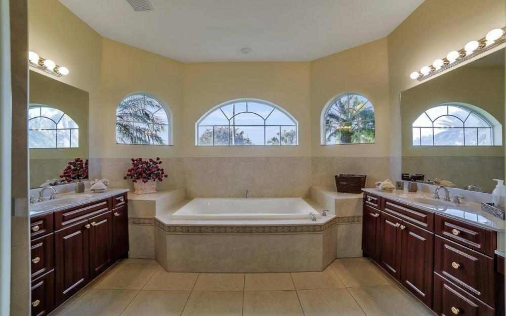 2538 SW 40th Terrace, Cape Coral - Home For Sale 1153646448