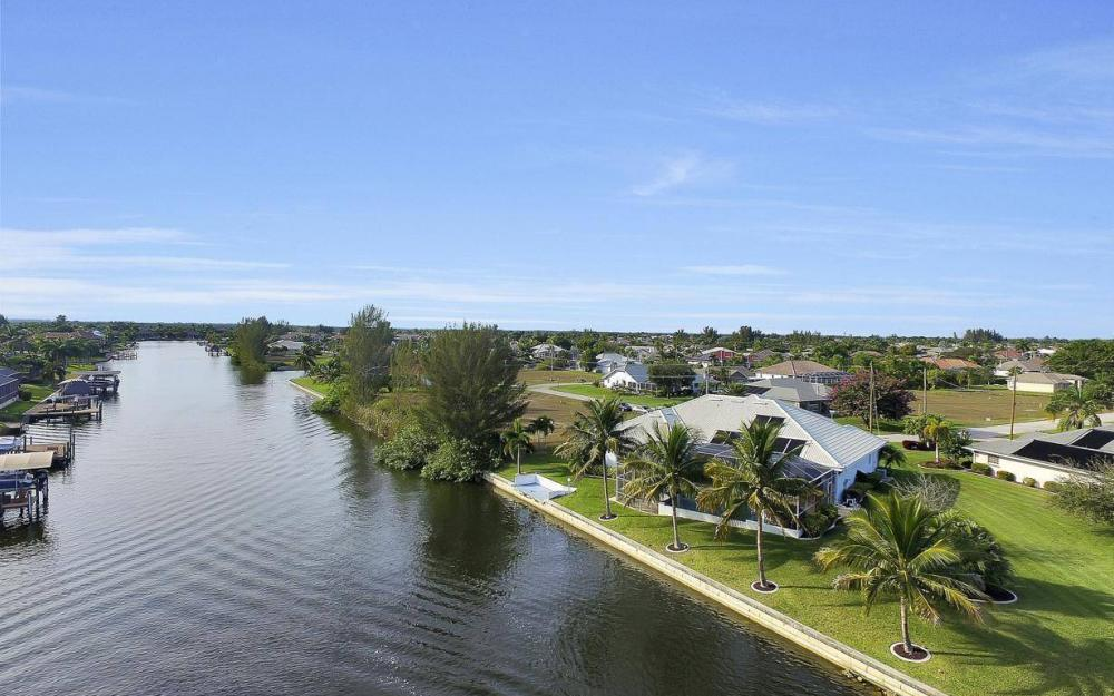2538 SW 40th Terrace, Cape Coral - Home For Sale 1168846880