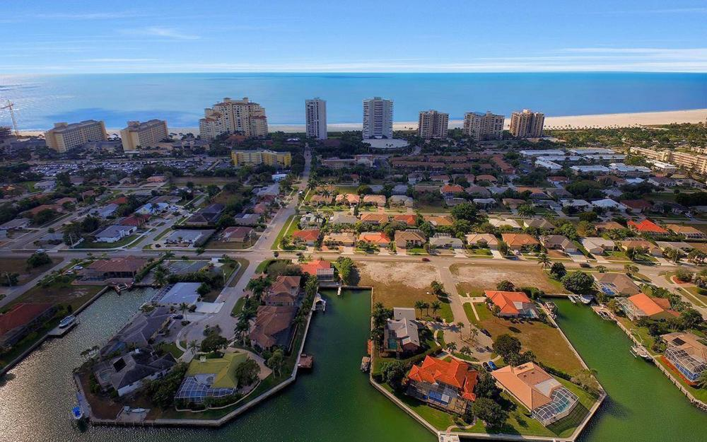941 Plum Ct, Marco Island - Lot For Sale 1455552624