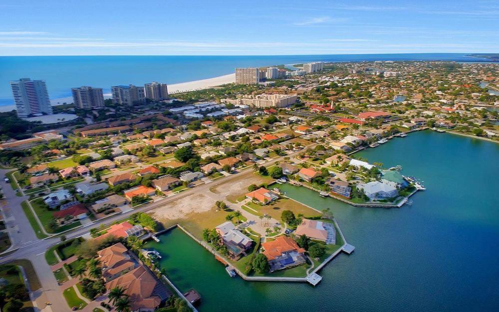 941 Plum Ct, Marco Island - Lot For Sale 1209988813