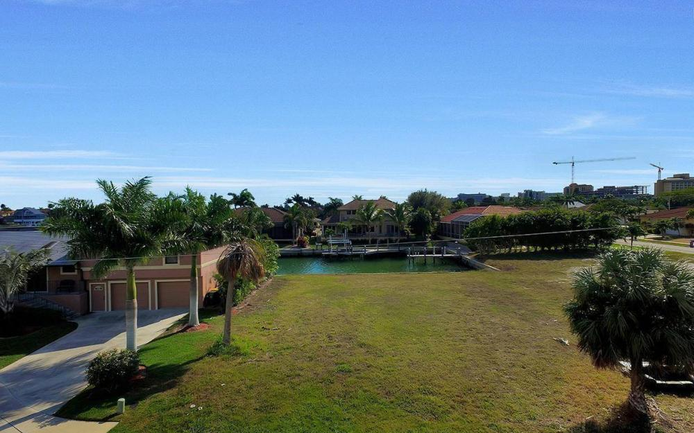 941 Plum Ct, Marco Island - Lot For Sale 1679819198