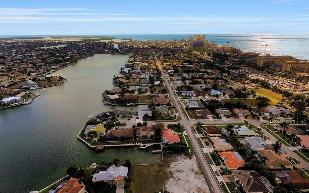 941 Plum Ct, Marco Island - Lot For Sale 490543462