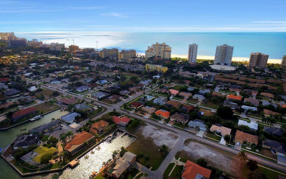 941 Plum Ct, Marco Island - Lot For Sale 377009888