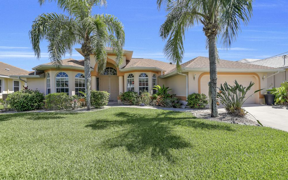 1810 SW 50th Ter, Cape Coral - Home For Sale 2051404125