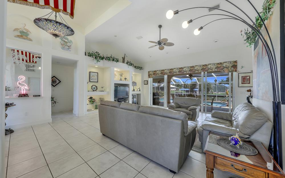 1810 SW 50th Ter, Cape Coral - Home For Sale 752459405