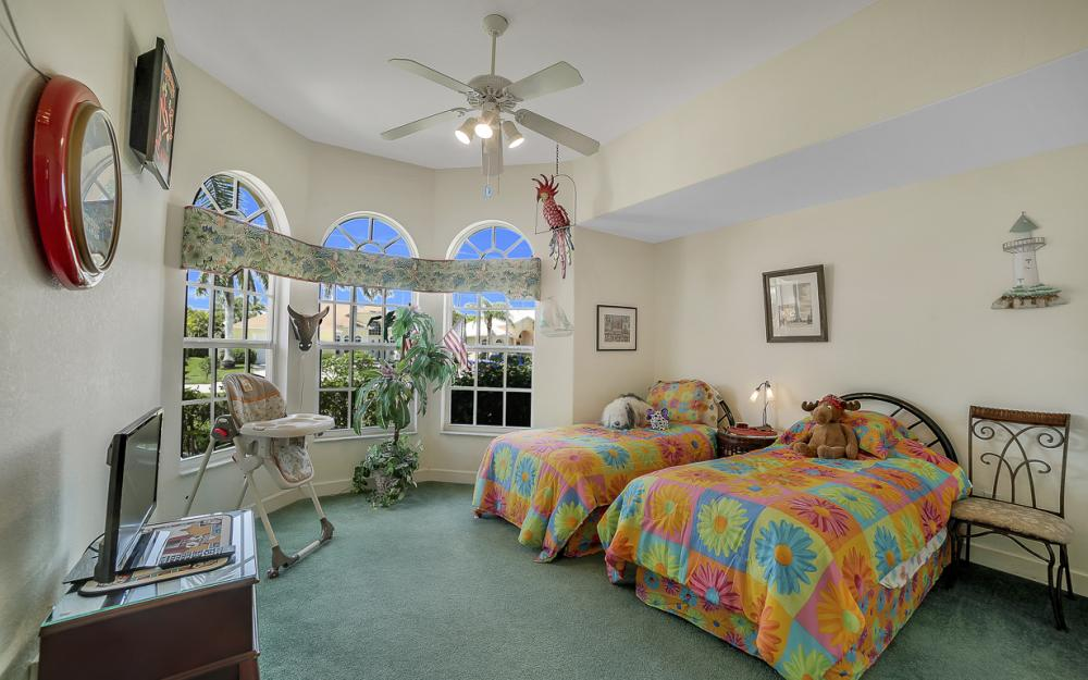 1810 SW 50th Ter, Cape Coral - Home For Sale 1053297057