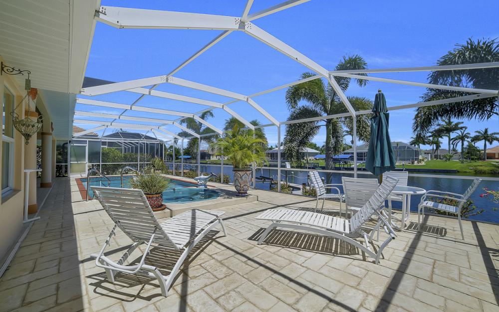 1810 SW 50th Ter, Cape Coral - Home For Sale 336641633