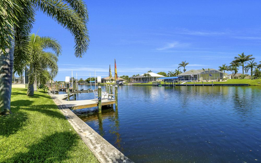 1810 SW 50th Ter, Cape Coral - Home For Sale 994067939