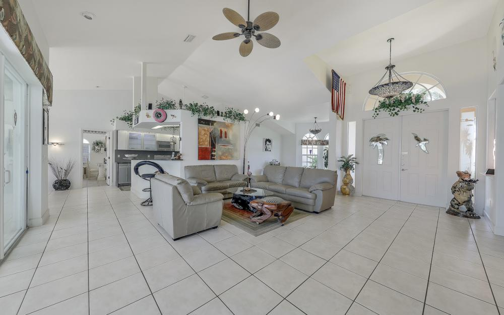 1810 SW 50th Ter, Cape Coral - Home For Sale 1822041017
