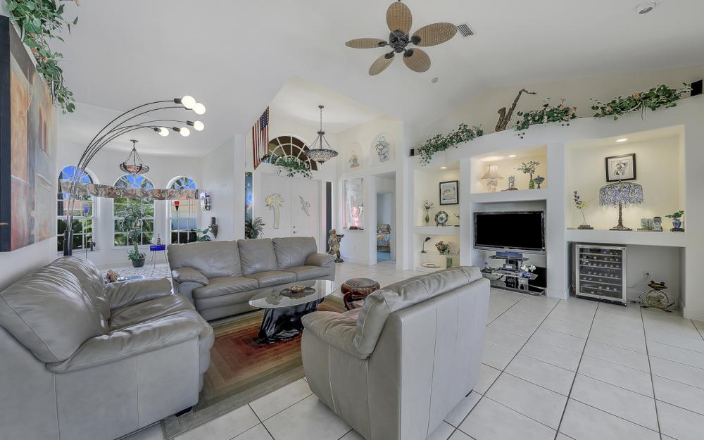 1810 SW 50th Ter, Cape Coral - Home For Sale 1564456477