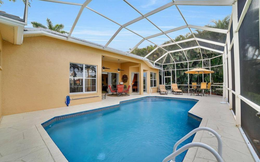 8313 Tuliptree Pl, Naples - Home For Sale 681577054