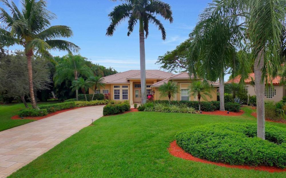 8313 Tuliptree Pl, Naples - Home For Sale 1343633832