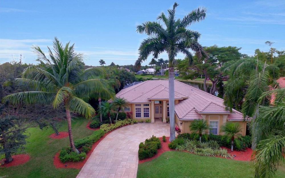 8313 Tuliptree Pl, Naples - Home For Sale 436259916