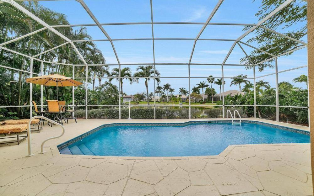 8313 Tuliptree Pl, Naples - Home For Sale 966091730