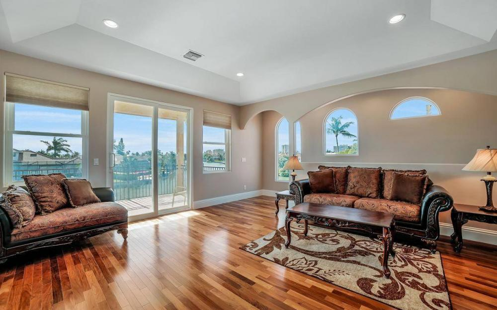 815 Bluebonnet Ct, Marco Island - Home For Sale 801360116
