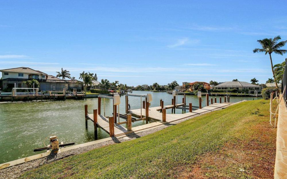 815 Bluebonnet Ct, Marco Island - Home For Sale 552069103