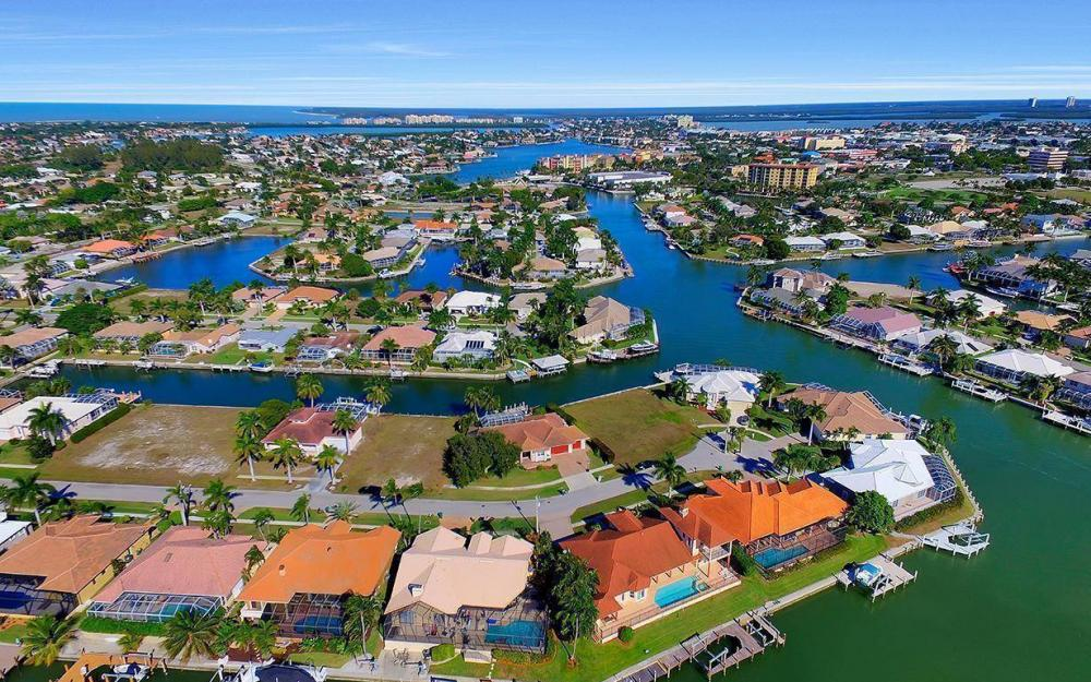 815 Bluebonnet Ct, Marco Island - Home For Sale 1989973604