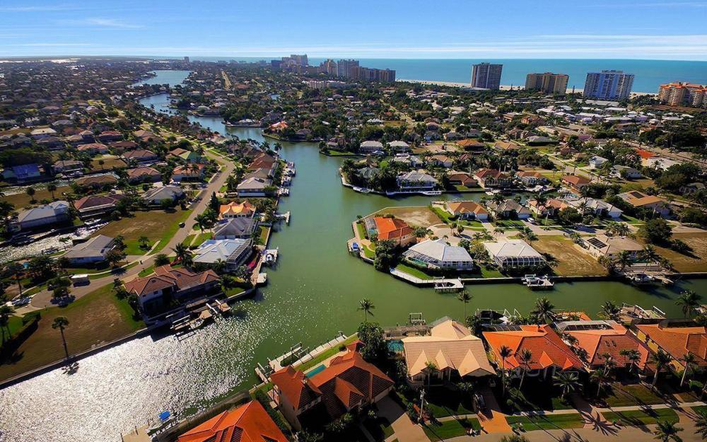 815 Bluebonnet Ct, Marco Island - Home For Sale 1049221287