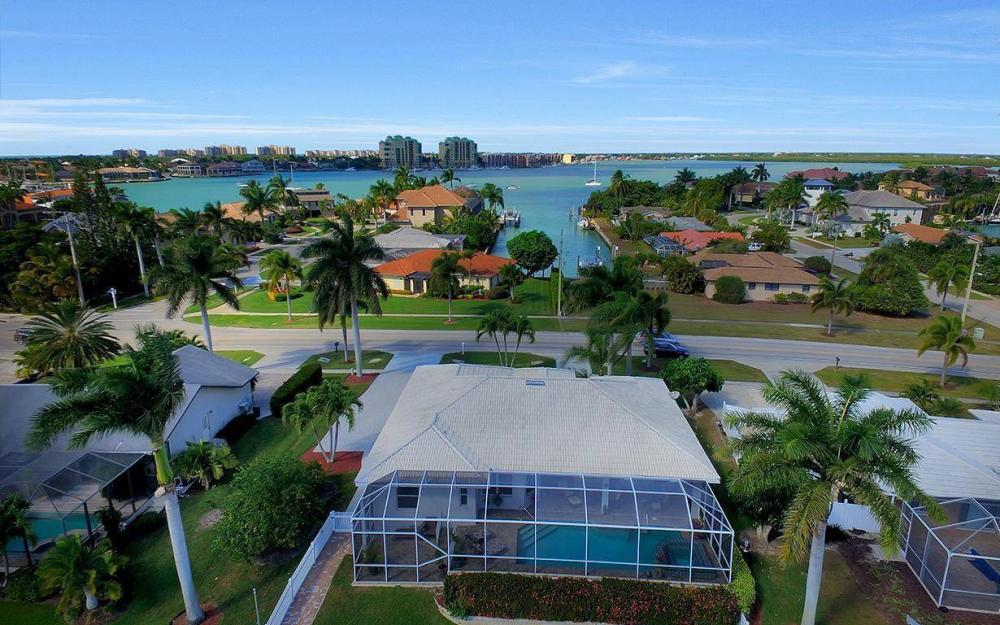 960 N Barfield Dr, Marco Island - Home For Sale 1804846258