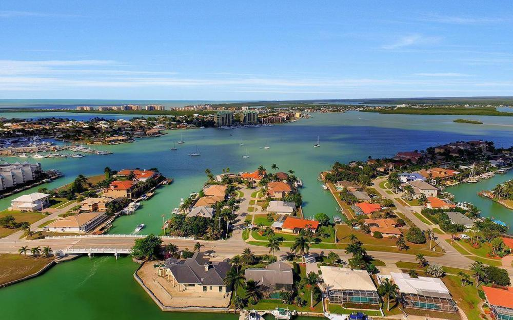960 N Barfield Dr, Marco Island - Home For Sale 687678095