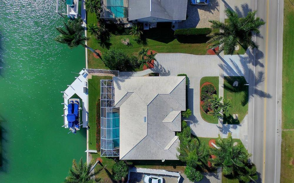 960 N Barfield Dr, Marco Island - Home For Sale 2067071637