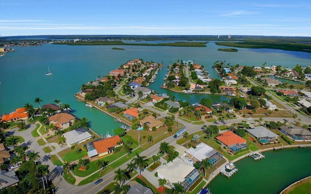 960 N Barfield Dr, Marco Island - Home For Sale 1342276592