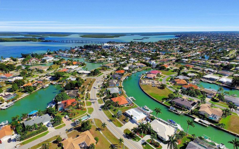 960 N Barfield Dr, Marco Island - Home For Sale 2081984972