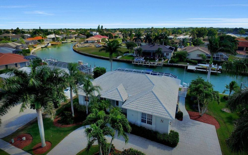 960 N Barfield Dr, Marco Island - Home For Sale 114777053